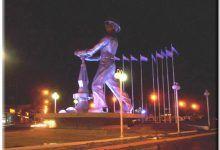 El Gorosito - Monumento al obrero petrolero
